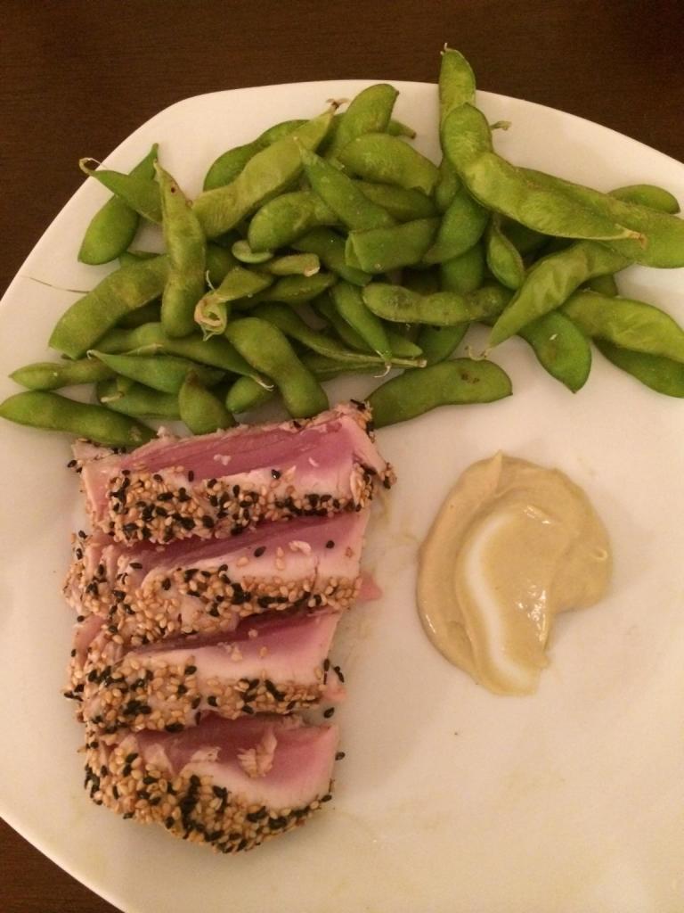 Fresh Tuna Sushi and Edamame